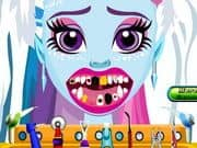 Juego de Abbey Bominable At The Dentist